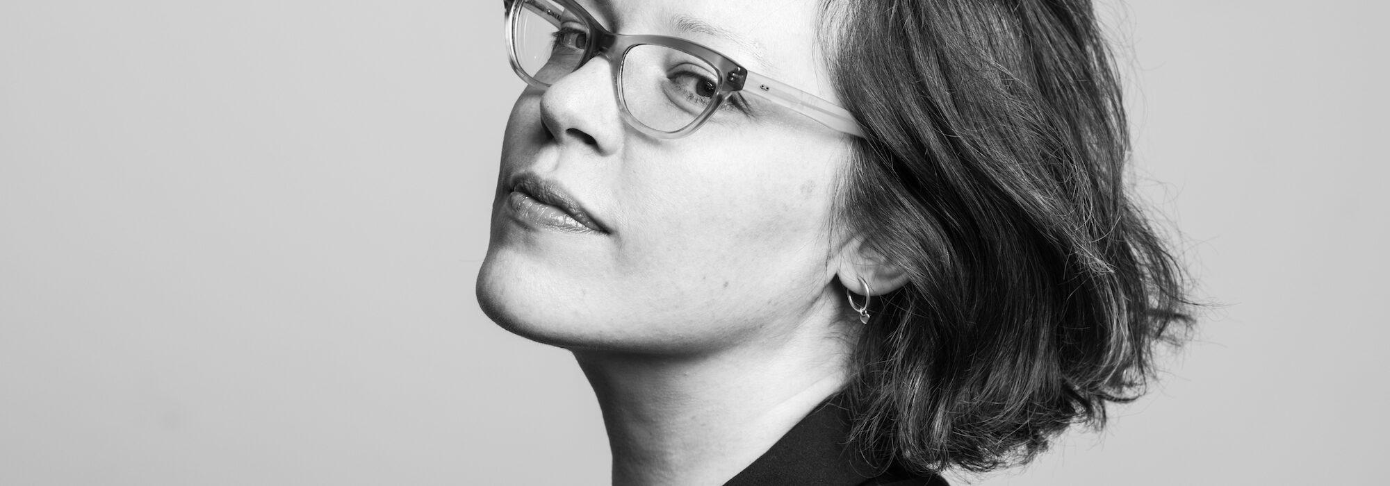 MARINA YUSCZCUK: POESÍA DE LA MADRE SOLTERA